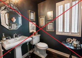 6 common mistakes that should be avoided when decorating a typical toilet. And their solutions