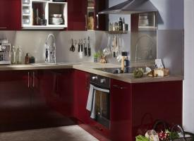 Courageous and still fashionable red for your kitchen. 6 modern ideas