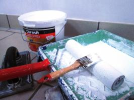 How to securely seal the crack under the paint and wallpaper. Step 3. Painting